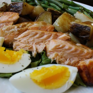 Salad Niçoise with Salmon