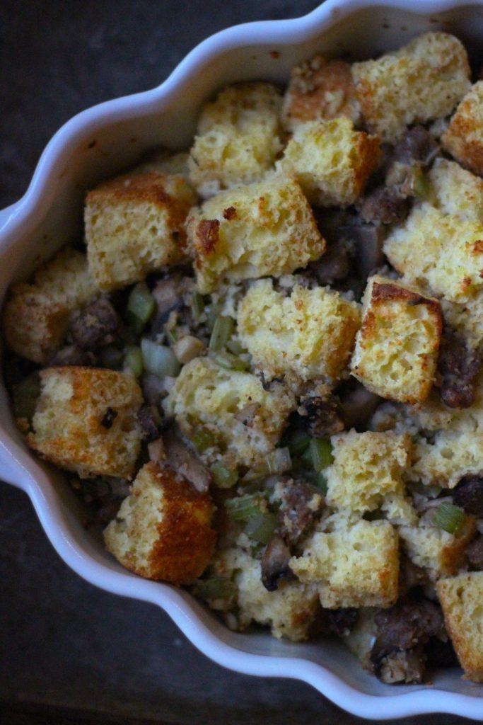 Simple Cornbread Stuffing - final 1